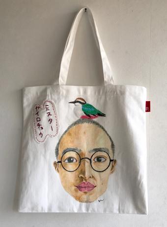 グランプリは益田 真理さんの作品「ミスターヤイロチョウ」